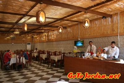 Завтрак в отеле 3* в Акабе