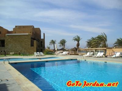 Бассейны отеля Coral Bay 3*