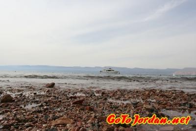 Красная галька Красного моря