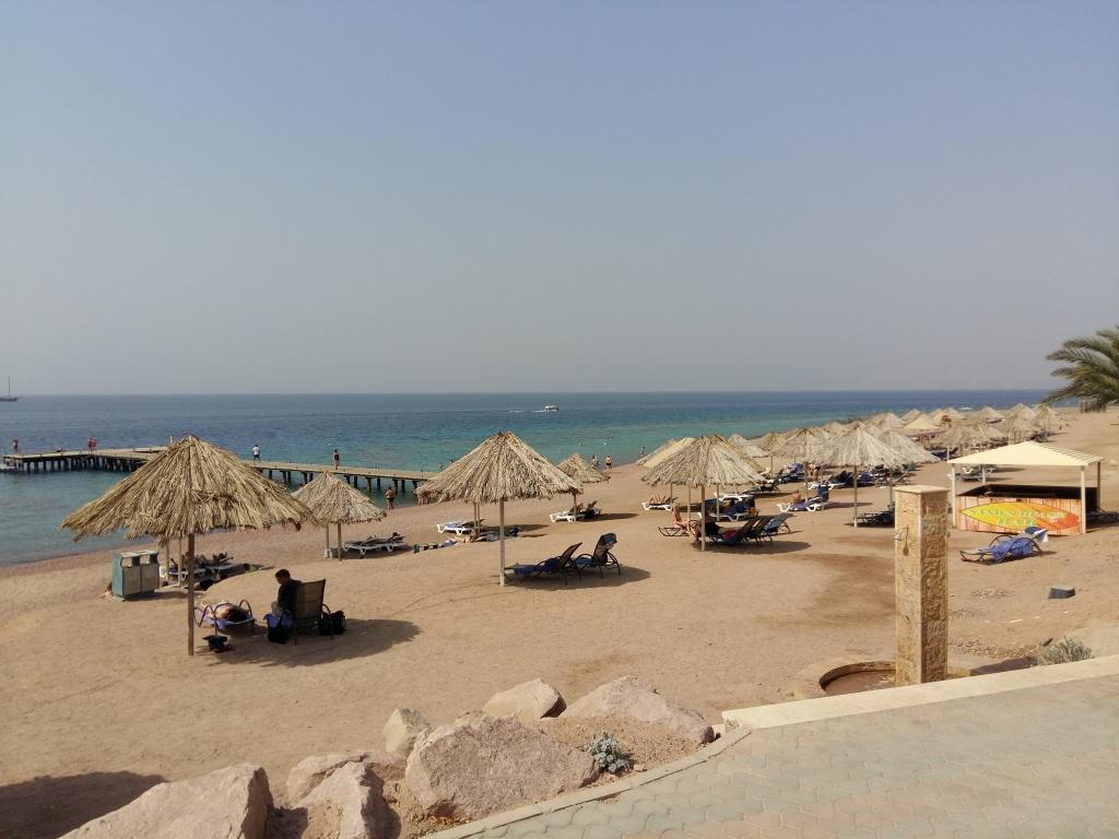 Пляжный клуб Berenice в Акабе